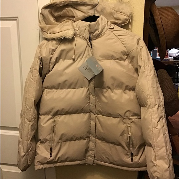 men's Small Men's Clothing Persevering Red Puffer Winter Vest Old Navy